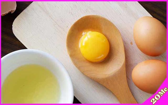 Mặt nạ dưỡng da bằng tinh bột nghệ và lòng đỏ trứng gà