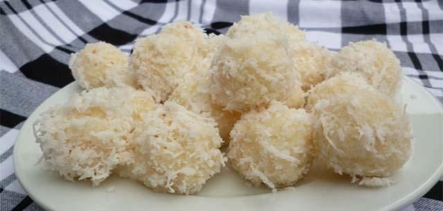 Cách làm bánh trung thu rau câu nhân dừa